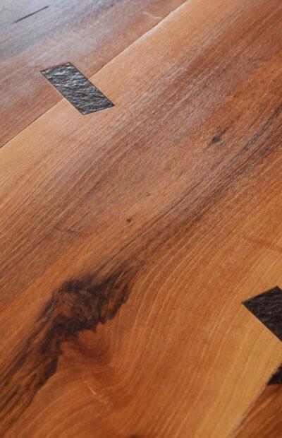 Dettaglio tavolo - Delamont