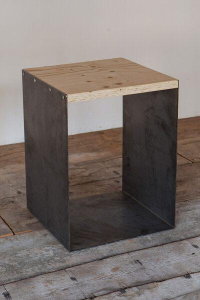 Seduta in ferro e legno - Industrie Delamont