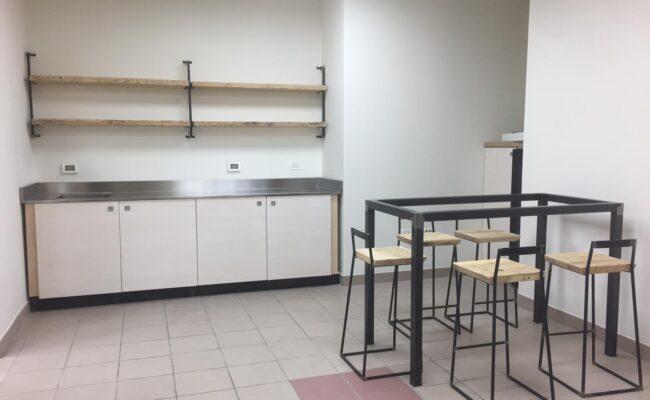 Cucina, tavolo e sedie personalizzate e su misura - Delamont