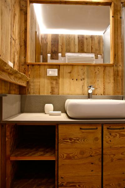 bagno-legno-delamont-2